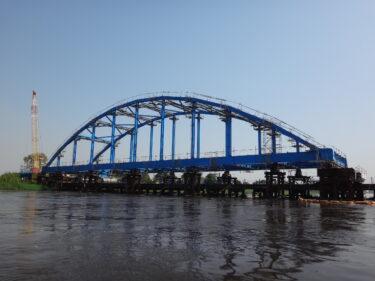 ナイル川橋梁架設工事